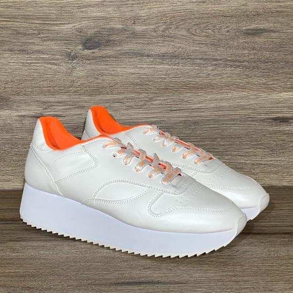 White Sneakers Sz 11